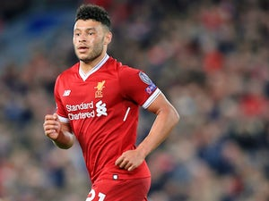 Ox suffers suspected knee problem