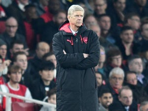 Arsenal close to signing Greek defender?