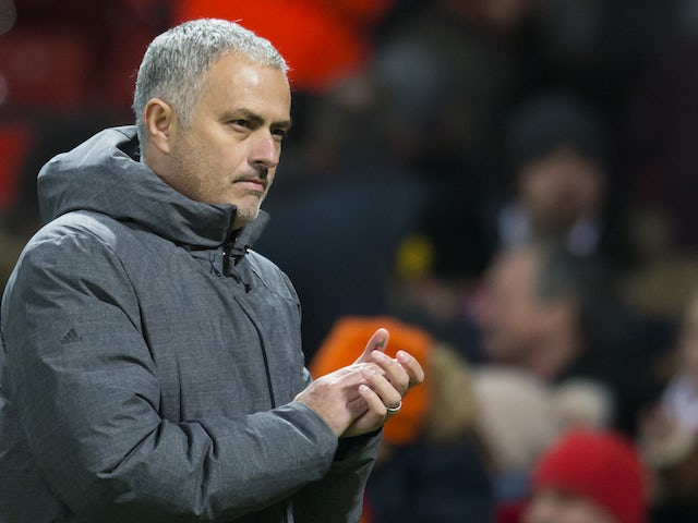 Mourinho 'banned from serving Xmas dinner'