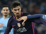Andre Gomes in action for Barcelona in 2016