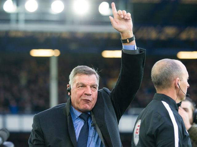 New Everton boss Sam Allardyce is presented to the crowd ahead of the match with Huddersfield Town on December 2, 2017