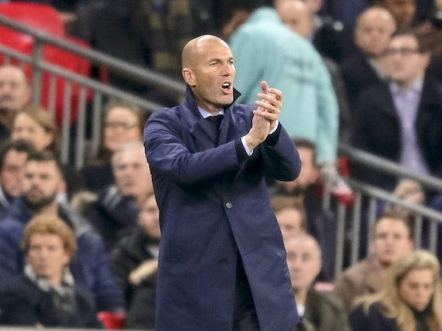 Real Madrid manager Zinedine Zidane watches on on November 1, 2017