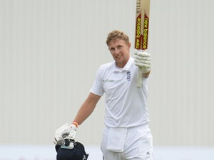Root, Bairstow fall late on opening day