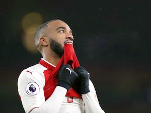 Wenger: 'Lacazette low on confidence'