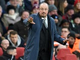 Rafael Benitez gives instructions during the Premier League game between Arsenal and Newcastle United on December 16, 2017