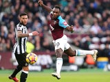 West Ham United's Michail Antonio heads wide during the Premier League match against Newcastle United on December 23, 2017