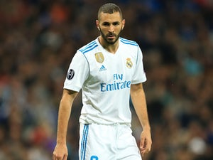 Team News: Benzema on Real bench against Depor