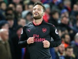 Shkodran Mustafi celebrates scoring the opener during the Premier League game between Crystal Palace and Arsenal on December 28, 2017