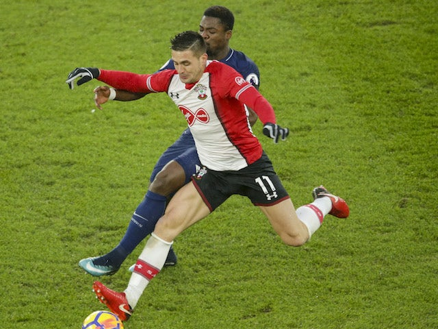 Dusan Tadic in action during the Premier League game between Southampton and Tottenham Hotspur on January 21, 2018