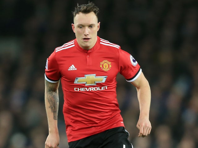 Mourinho: 'Jones, Rojo both available'