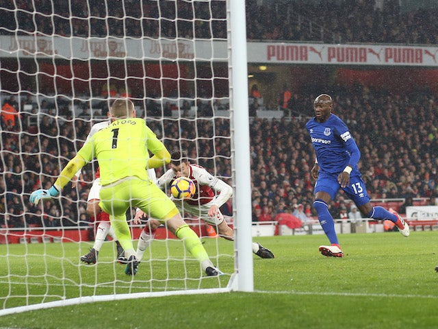 Laurent Koscielny scores the second during the Premier League game between Arsenal and Everton on February 3, 2018