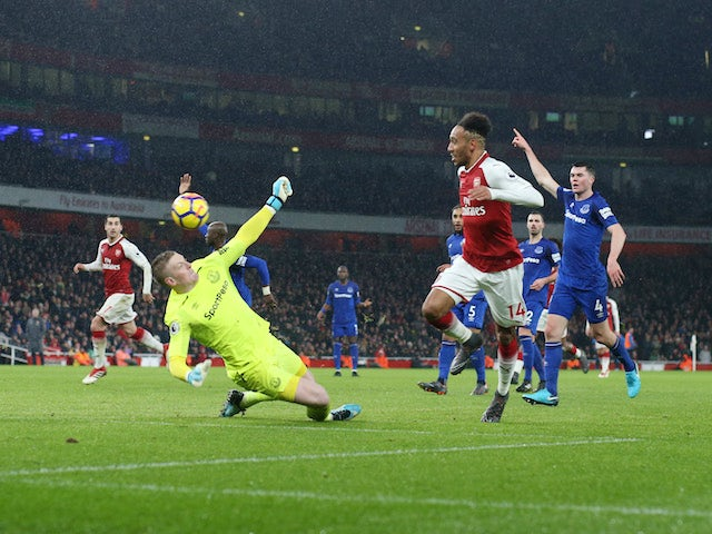 Pierre-Emerick Aubameyang scores the fourth during the Premier League game between Arsenal and Everton on February 3, 2018