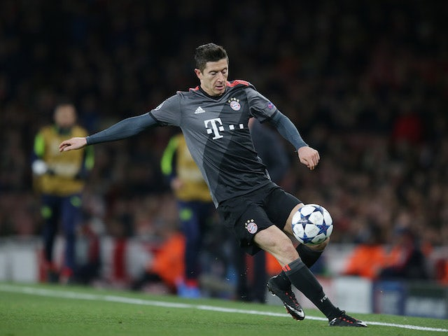 Transfer Talk Daily Update: Lewandowski, Cavani, Green