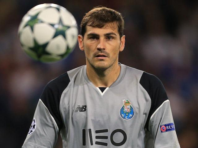Iker Casillas pens new Porto deal