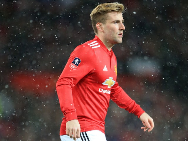 Chelsea 'leading the race for Luke Shaw'