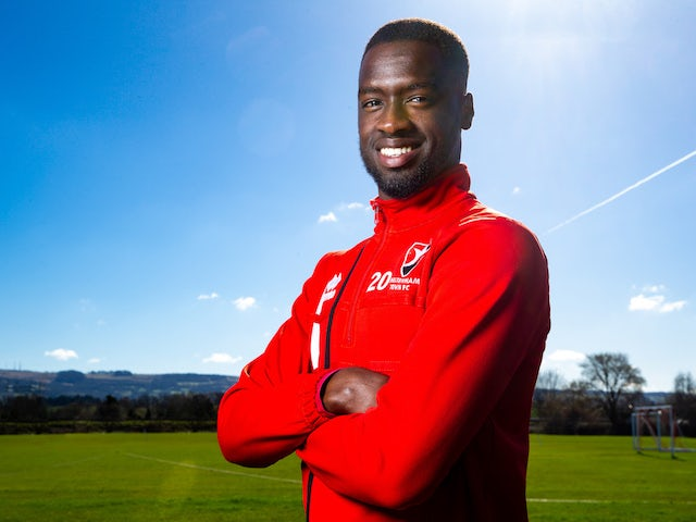 Bristol City snatch Mo Eisa from Cheltenham
