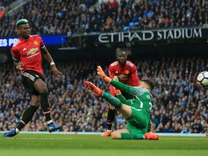 Pogba refuses to commit to Man United