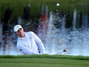 McIlroy surges into Masters contention