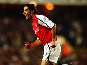 Pires: 'I want to help next Arsenal boss'