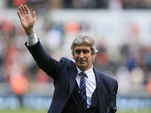 Pellegrini 'targeting seven new signings'