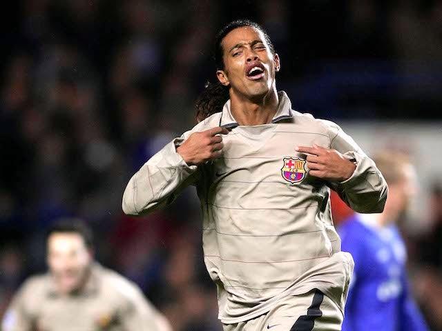Ronaldinho playing for Barcelona