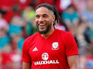 Everton 'to offload Ashley Williams'