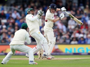 Result: England thrash Pakistan to level series