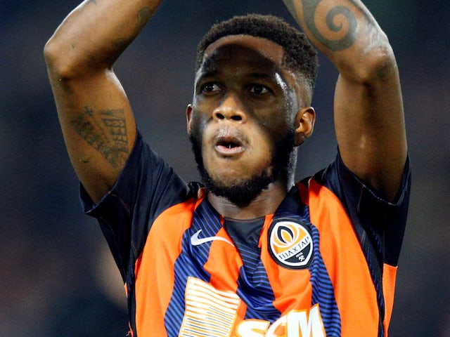 United reach deal to sign Fred