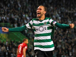 Bas Dost in action for Sporting Lisbon on November 22, 2017