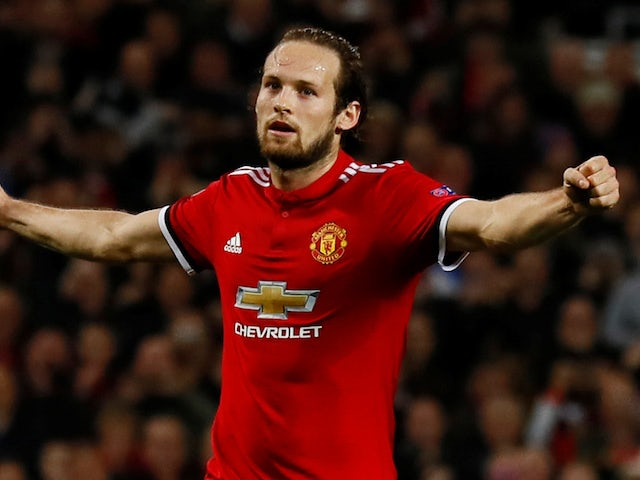 Ajax confirm interest in Daley Blind
