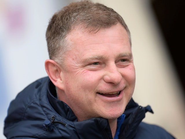 Mark Robins agrees new Coventry contract