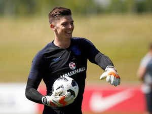 Spurs 'keeping tabs on Nick Pope'