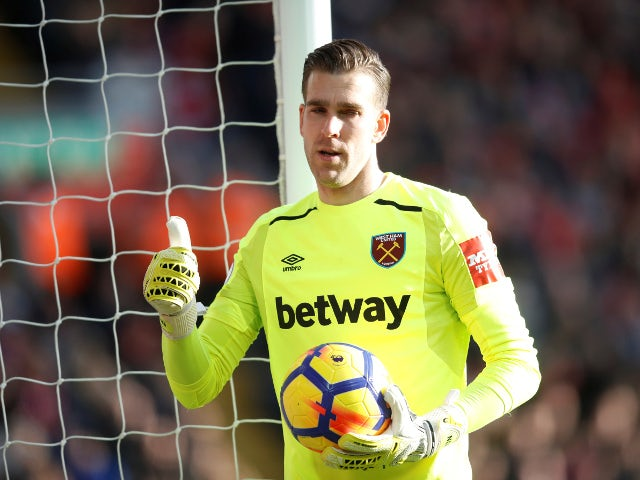 Liverpool sign free agent Adrian as Simon Mignolet replacement