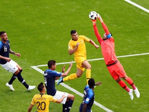 Lloris: 'France not favourites for WC'