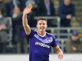 Leander Dendoncker in action for Anderlecht in April 2017