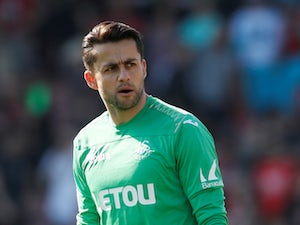 West Ham told to pay £7m for Fabianski?
