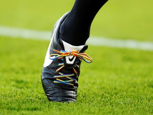England players to wear rainbow laces?