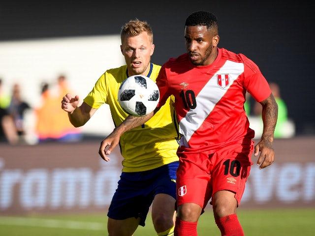Sebastian Larsson joins AIK from Hull