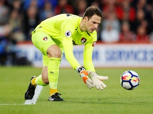 Napoli 'frontrunners to sign Begovic'