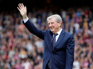 Hodgson signs one-year Palace extension