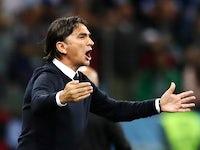 Croatia coach Zlatko Dalic reacts during the match against Argentina on June 21, 2018