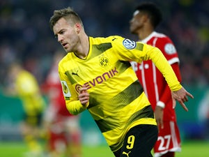 Everton 'rekindle interest in Yarmolenko'