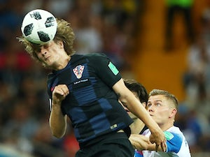 Croatia beat Iceland to confirm top spot