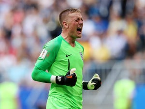 Pickford shrugs off Courtois comments