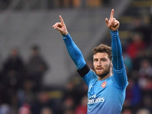 Juventus 'considering Mustafi swoop'