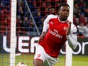 Danny Welbeck celebrates scoring for Arsenal in the Europa League on April 12, 2018