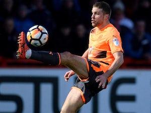 Van den Berg leaves Reading on loan