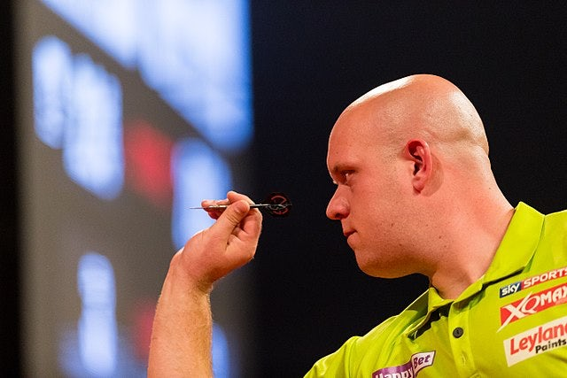 Van Gerwen knows Anderson the main obstacle in title bid