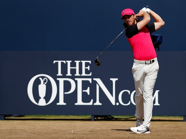 Tommy Fleetwood moves into Open contention