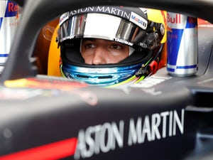 Daniel Ricciardo to join Renault